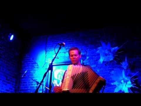 Bain Mattox at the Evening Muse 8-29-2013
