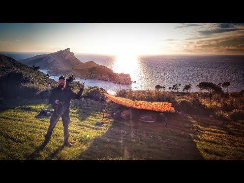 Übernachtung auf einer Insel mit Biwaksack und Tarp - Trekking GR221