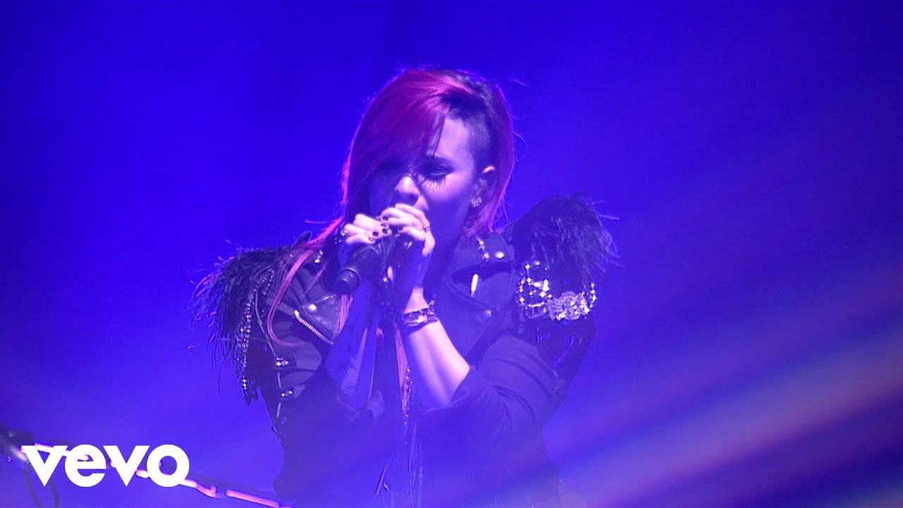 Download Demi Lovato - Vevo Presents: Nightingale (Live from the Neon Lights Tour)