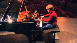 Benjamin Grosvenor - Schubert Impromptu op. 90 no 3