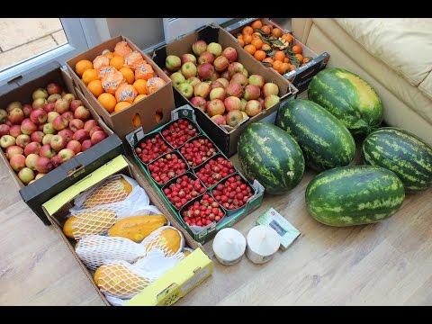 Wholesale Market haul - cracking coconuts - WEAK VEGAN ABS