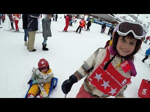 7 Jours Fous au Ski Les Ménuires • #2 POUR JODIE QUI S'EST CASSÉ LE BRAS AU SKI • Du ski, de la luge