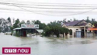 Quảng Nam vẫn bị chia cắt sau ngập lụt