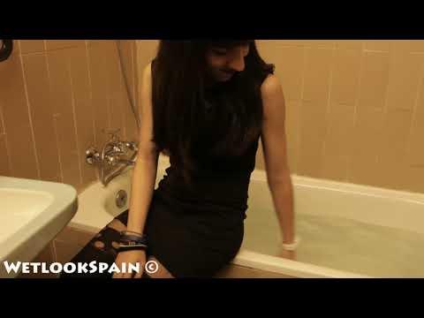 Teaser Lidia 01 (In the bathtub)
