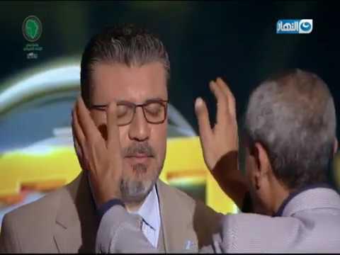 واحد من الناس| تفتكرو الساحر عمل إيه في عمرو الليثي؟ يا ترى نيمه مغناطيسي وله فعلًا لمسه بخفة أيده