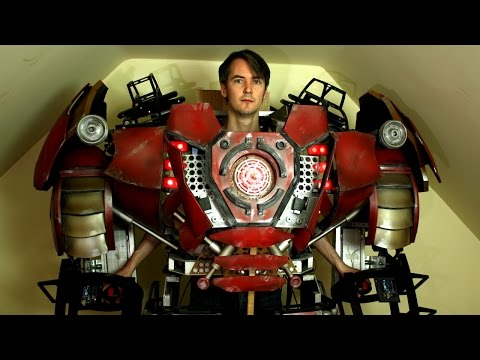 XRobots - Iron Man Hulkbuster Cosplay Part 30, More Body Panels & Lights!