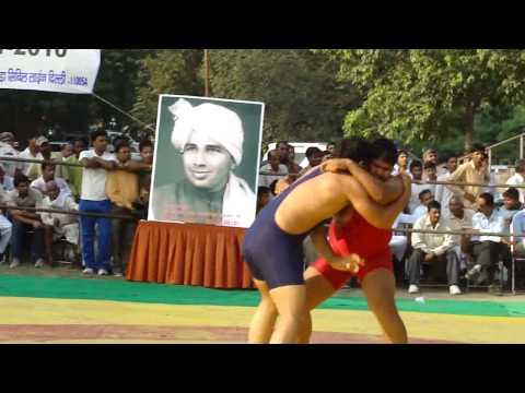 World champion wrestler sushil kumar came visiting , pays tribute to guru chandagi ramM4H03403.MP4
