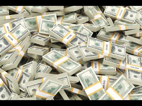 10 Billionaires Who Grew Up Poor