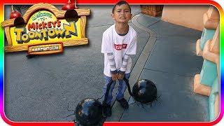 Kids Lifting Weights at Mickey