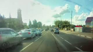 В Брянске вежливый водитель снял видео о своей медвежьей услуге и ДТП