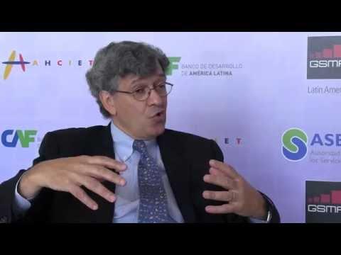Diálogo con Raúl Katz, director de estrategia de negocios en el Instituto de Columbia