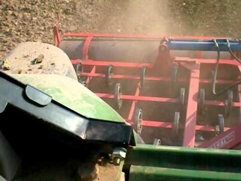 Azienda agricola bonad preparazione letto di semina 2011 youtube - Letto di semina ...