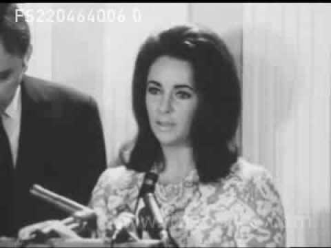 ELIZABETH TAYLOR & RICHARD BURTON AT PRESS CONFERENCE (22 Apr 1964)