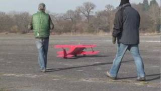 Top Flite Stagger Wing Maiden pt 2.wmv