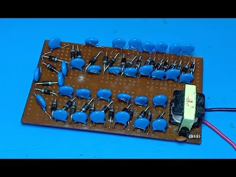 High voltage plasma generator using capacitors