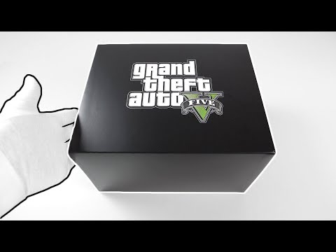 Grand Theft Auto V Collector's Edition Unboxing