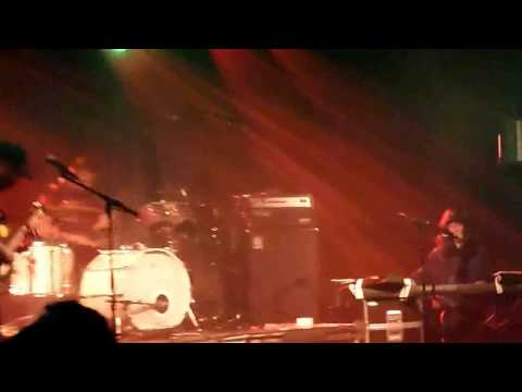 Archie Bronson Outfit - Sharks Tooth -- Live At AFF Genk 08-08-2015
