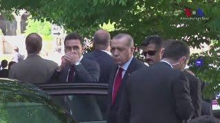 Ердоган спостерігав за сутичками особистої охорони з демонстрантами у Вашингтоні