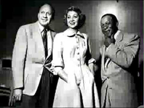 Jack Benny radio show 10/27/40 Hold That Line