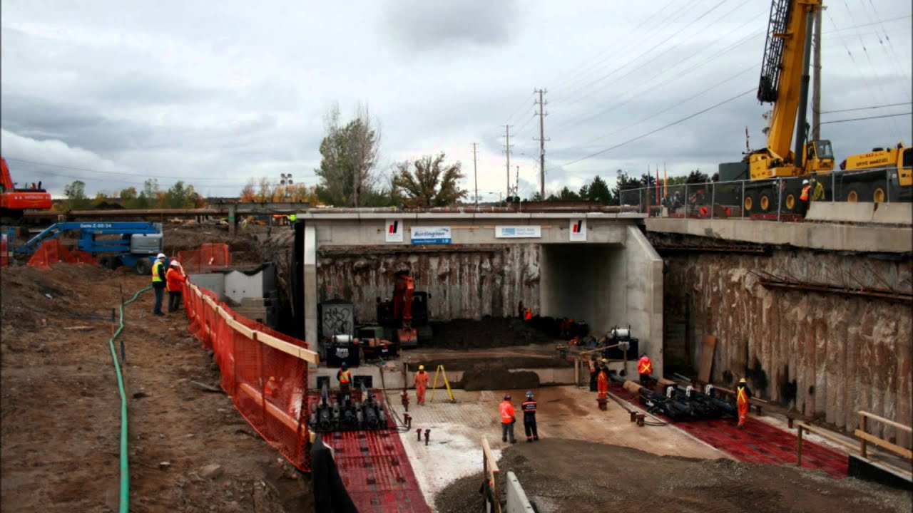 Large Tunnel Jacking - Western's ABC for King Rd  Tunnel