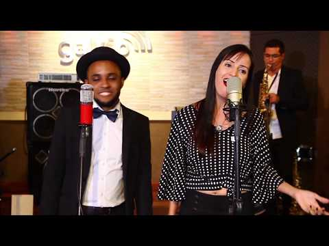 Fly Me to the Moon + Lucky (Sinatra/Jason Mraz & Colbie Caillat MASHUP) Cover ft. Divina Música