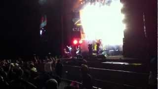 Far East Movement ft. Mizz Nina - Turn Up The Love