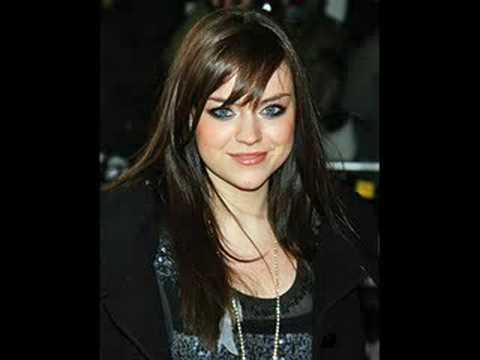 Amy MacDonald - A Wish For Something More Lyrics