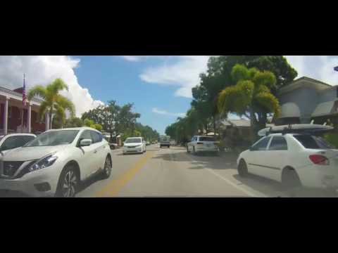 Driving around Wealthy areas of Naples and Bonita Springs, Florida