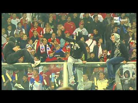 Italija-Srbija 12.10.2010 navijaci u Djenovi II deo