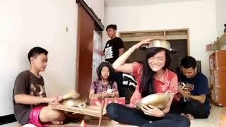 Ngakak ! Parody Lagu Surat Cinta Untuk Starla - Virgoun