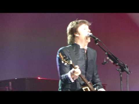 Paul McCartney - I Feel Like Letting Go - Philadelphia 8-14-10.MP4