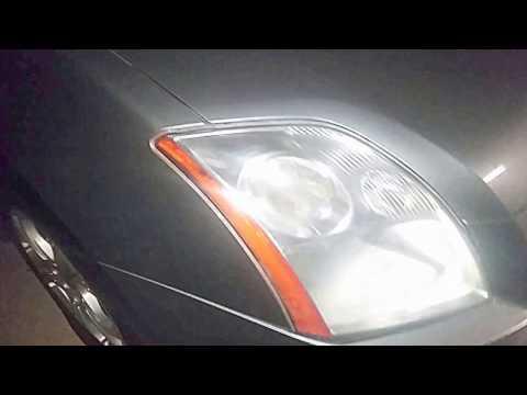 Headlight Restoration Using Vinegar + Olive Oil