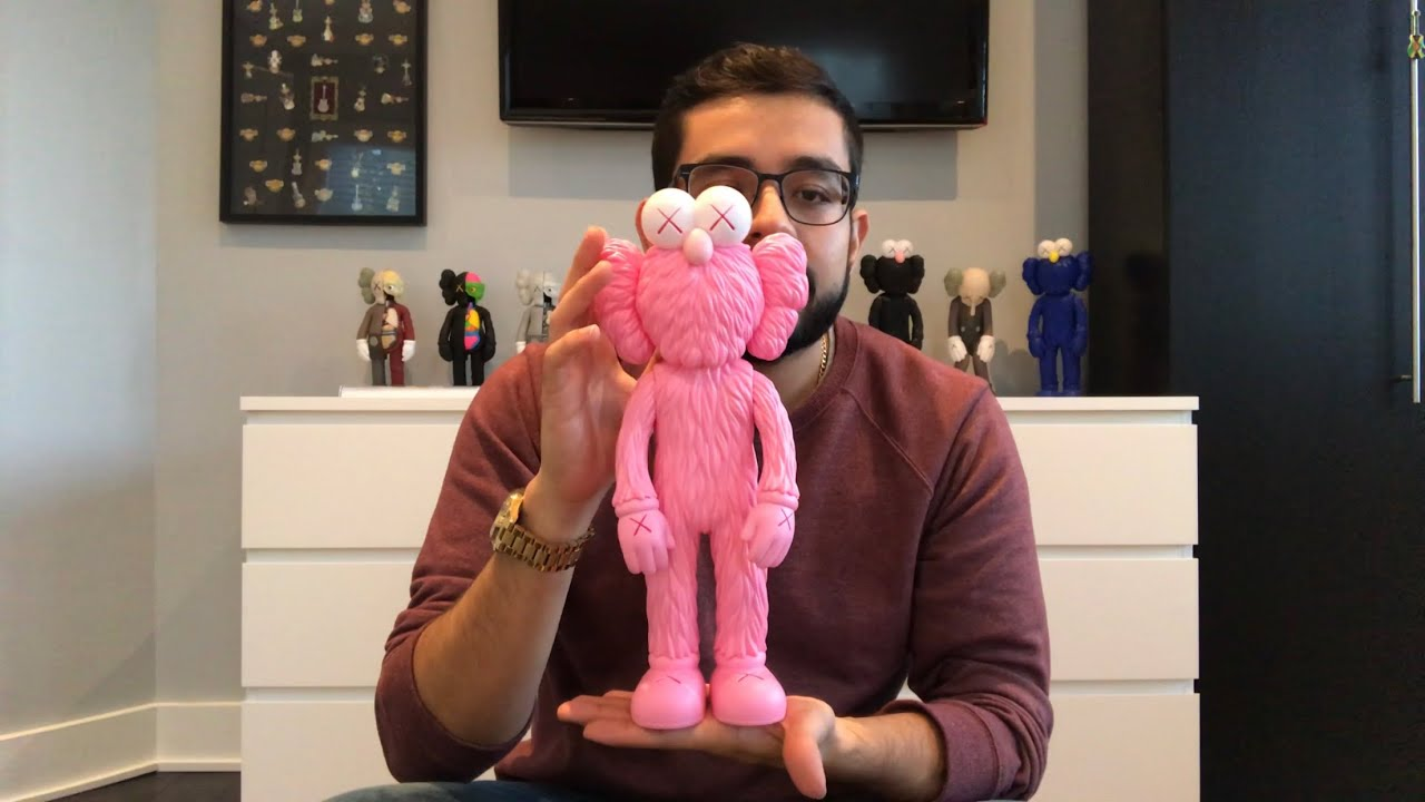 Is It Stupid To Buy 300 Kaws Toys Kaws Bff Unboxing Pink