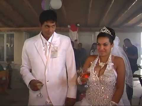 Piroefekti - funny gipsy wedding with fireworks