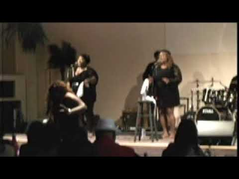 Raven Salve' Performing at WAR&DV Annual Fundraiser
