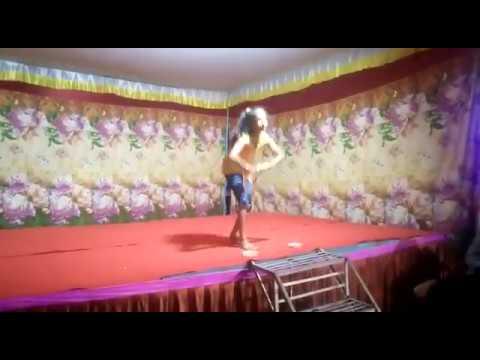 Patriotic Dance By Small Girl   I Love My India+Jai Ho+ Des Rangila