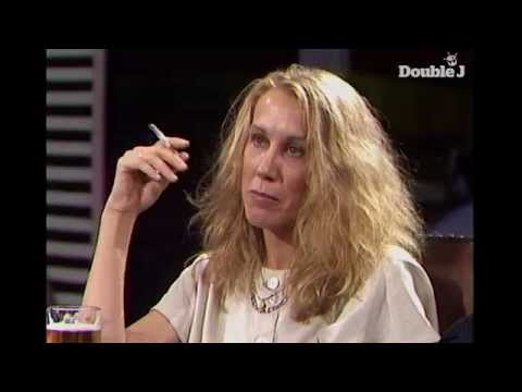 Go-Betweens talk sexism with Andrew Denton (1988)