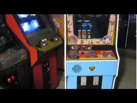 Donkey Kong arcade cabinet review plus how to score 100,000 points in DK! Nintendo 100k