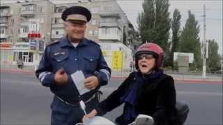 Несносная бабуля рассмешила инспектора