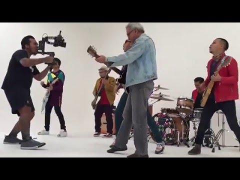 Iwan Fals pembuatan Video Klip bareng niji & erik soekamti Hidup Yang Hebat