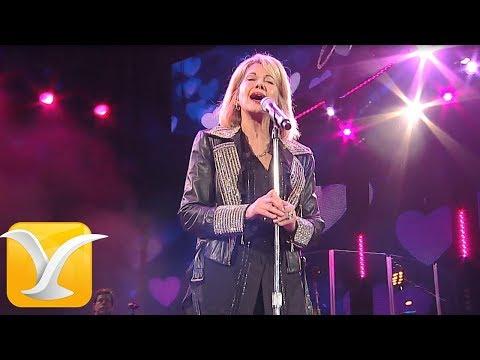 Olivia Newton-John - Hopelessly Devoted to You - Festival de Viña del Mar 2017 HD 1080P