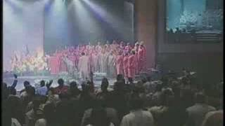 "ANGELA SPIVEY SINGS ""THE DOROTHY LOVE-COATS MEDLEY"