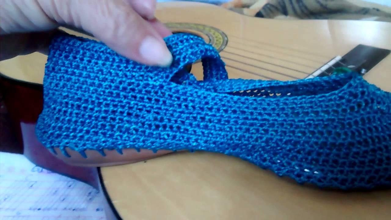 01f9fb93c1 Como fazer sapatilhas em crochê. Com Polly - YouTube