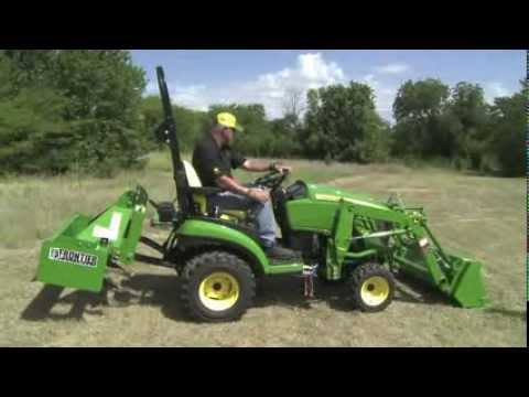 Randy White John Deere 1025r And 1026r Loader Youtube