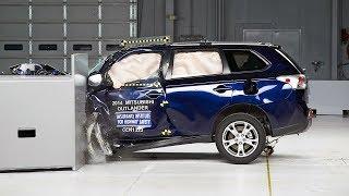 2014 Mitsubishi Outlander small overlap IIHS crash test