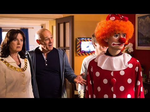 The Dumping Ground Series 6: Episode 12 Holding Out For A Hero