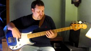 You Wreck Me (by Tom Petty) - Bass Guitar lesson How to play