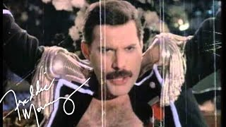 Freddie Mercury - Living On My Own (1993 Remix)(Click here to subscribe - http://smarturl.it/sub2FreddieMercuryYT Freddie Mercury - Living On My Own (1993 Remix) This remix of 'Living On My Own' went to ..., 2012-11-23T00:49:00.000Z)