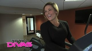 Natalya admits which Superstar she dreams about: Total Divas Bonus Clip, May 4, 2014
