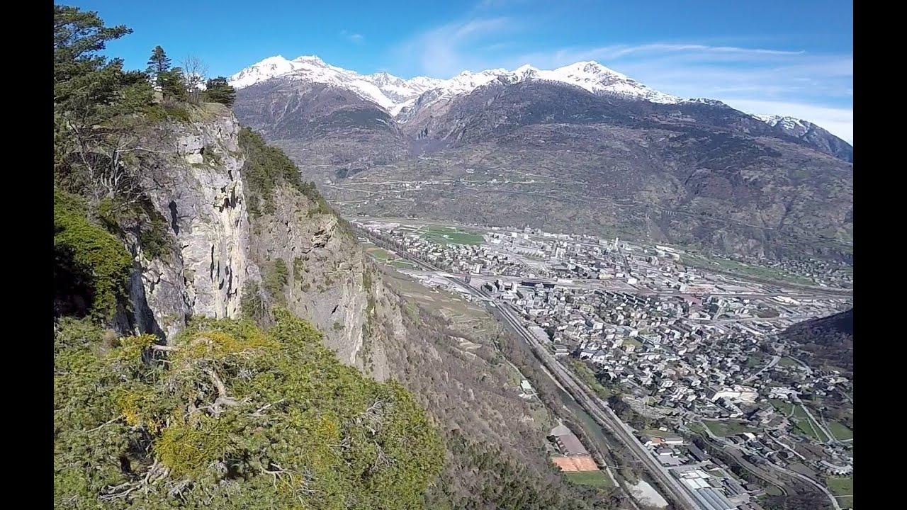 Flug hoch über Visp Wallis Schweiz Switzerland - YouTube